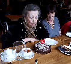 Rosa Montero - Mi linda madre ayer en un restaurante... | Facebook